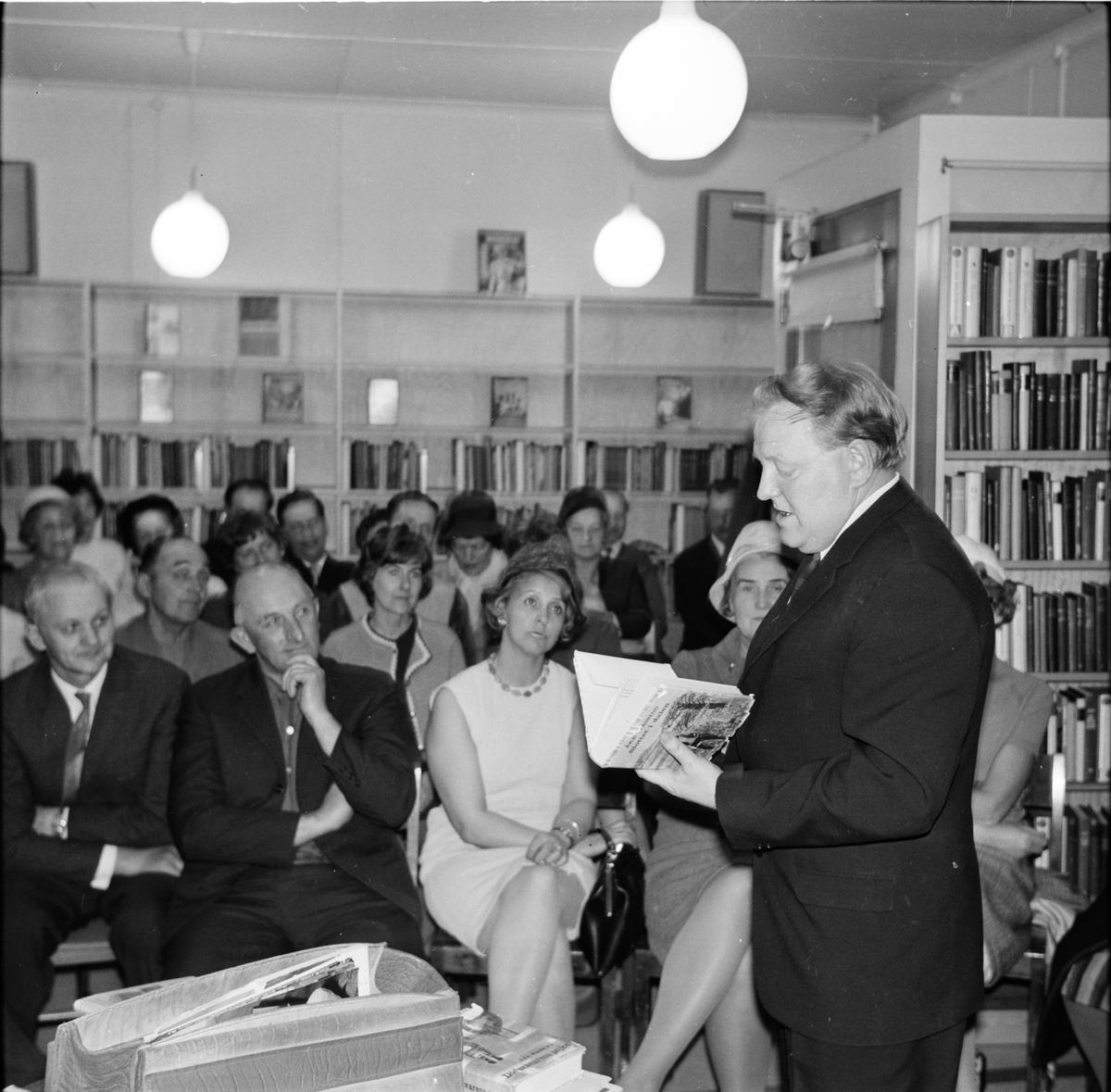 Åke Wassing talar i Arbrå, 2 April 1968