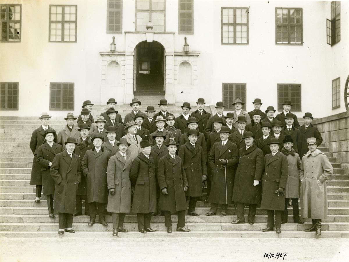 Grupporträtt av officerare, Karlberg den 10 december 1927.