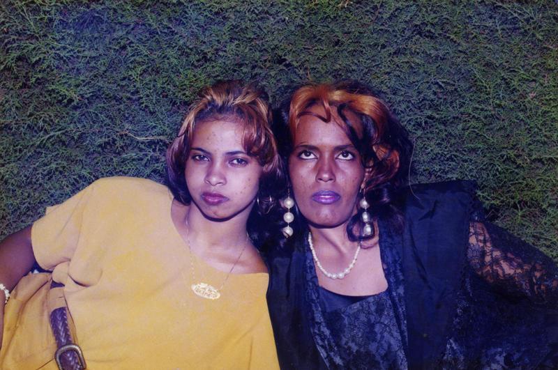 Suhur (t.v) og Ruun i Addis Abeba i Etiopia, rett før Suhur lyktet til Danmark. (Foto/Photo)