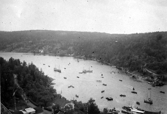 Svinesundsbron invigdes den 15 juni 1946