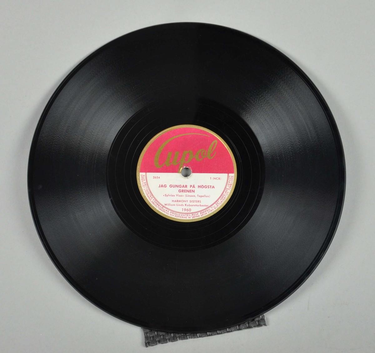 Grammofonplate av svart shellakvoks.