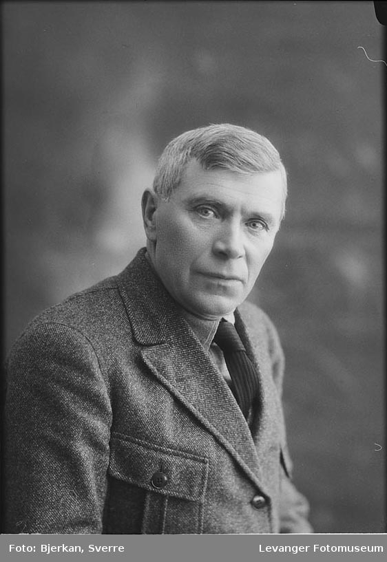 Portrett av Chr. Holm.