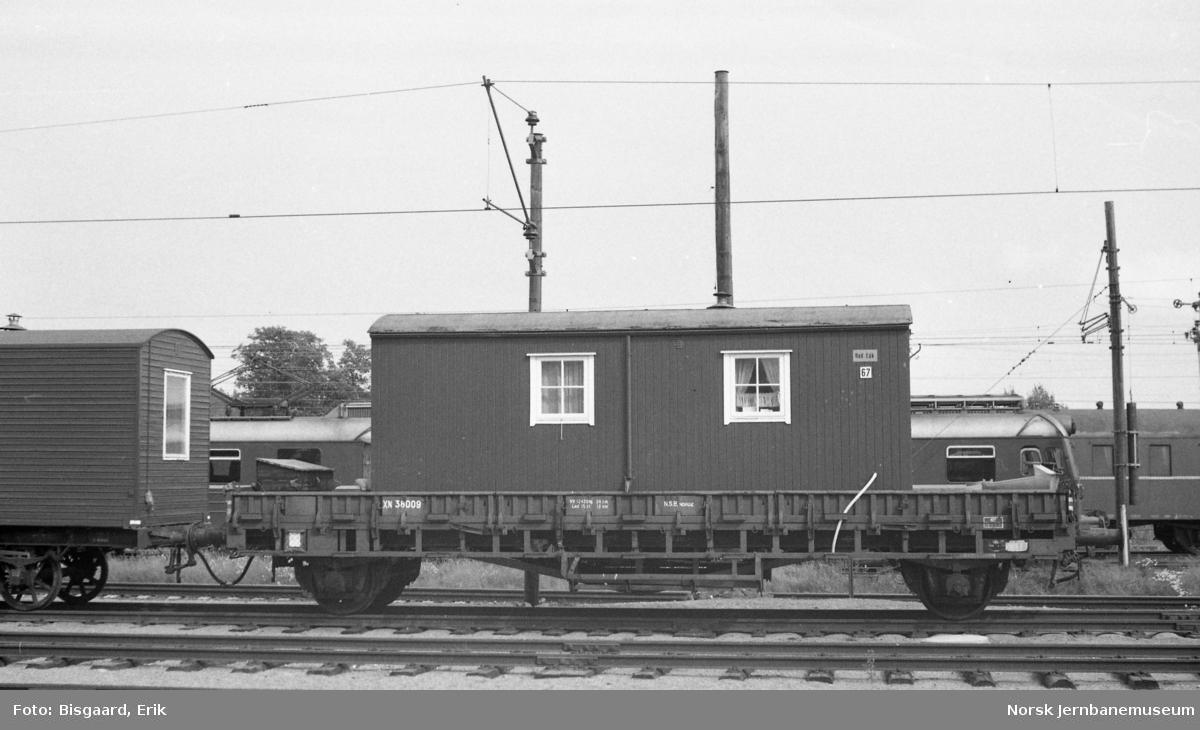 Losjivogn litra XN nr. 38009 på Ski stasjon
