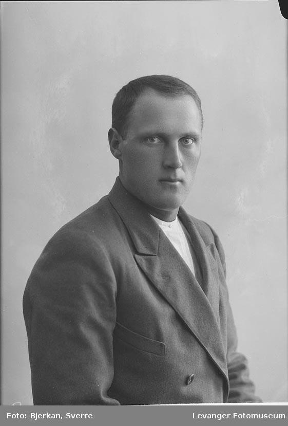 Portrett av Olaf Krogfjord