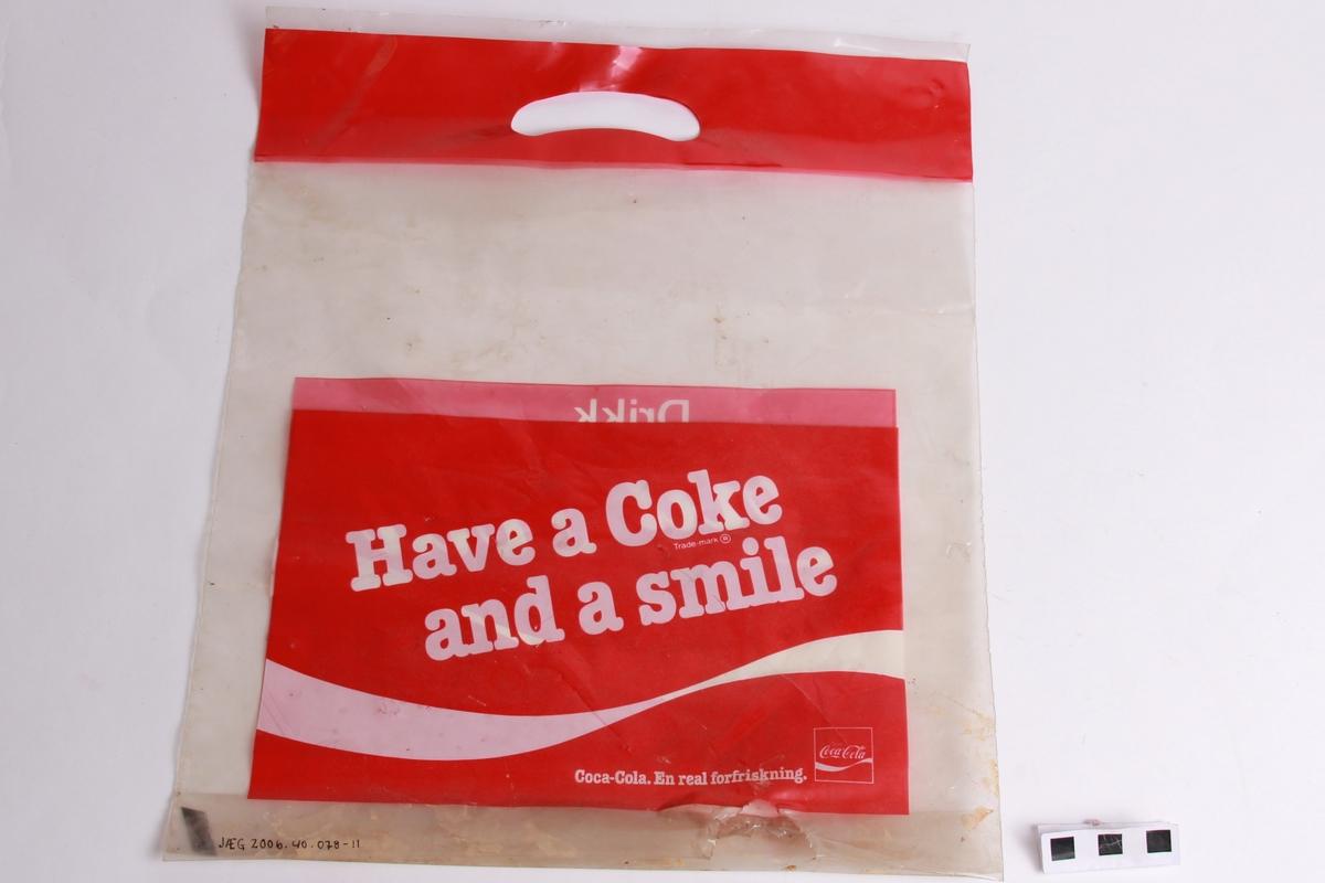 Plastpose med trykk på begge sider.