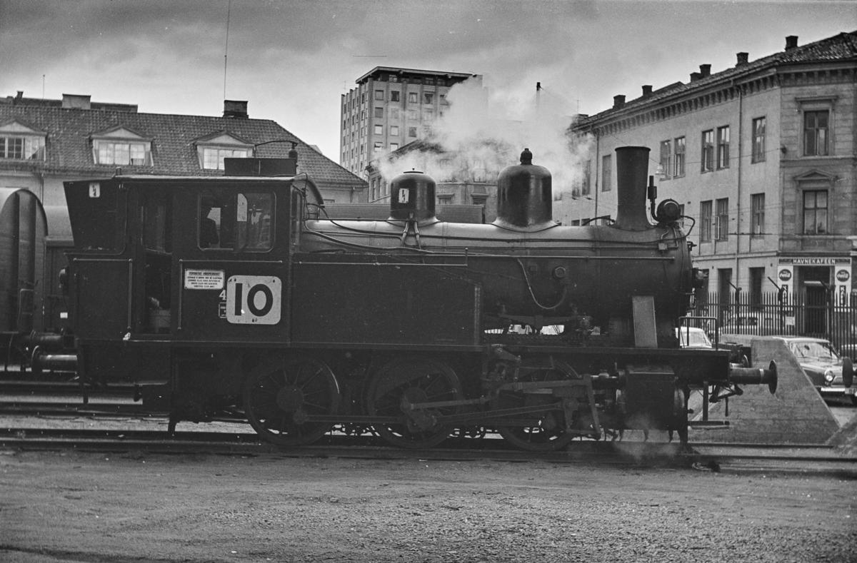 Damplokomotiv type 23b nr. 457 på Havnebanen i Oslo.