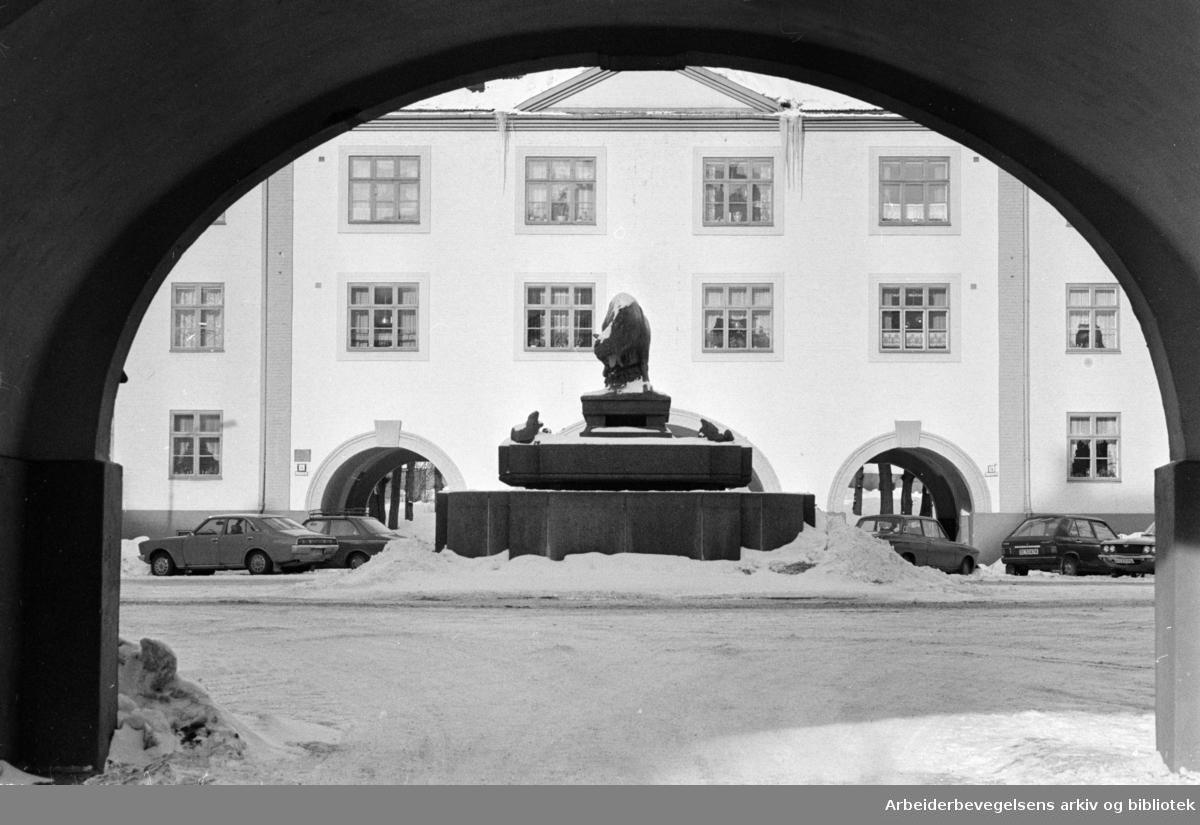 Torshov oksefontenen. Februar 1978
