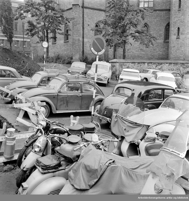 Schandorffsgate.Parkeringskaos.Oktober 1962