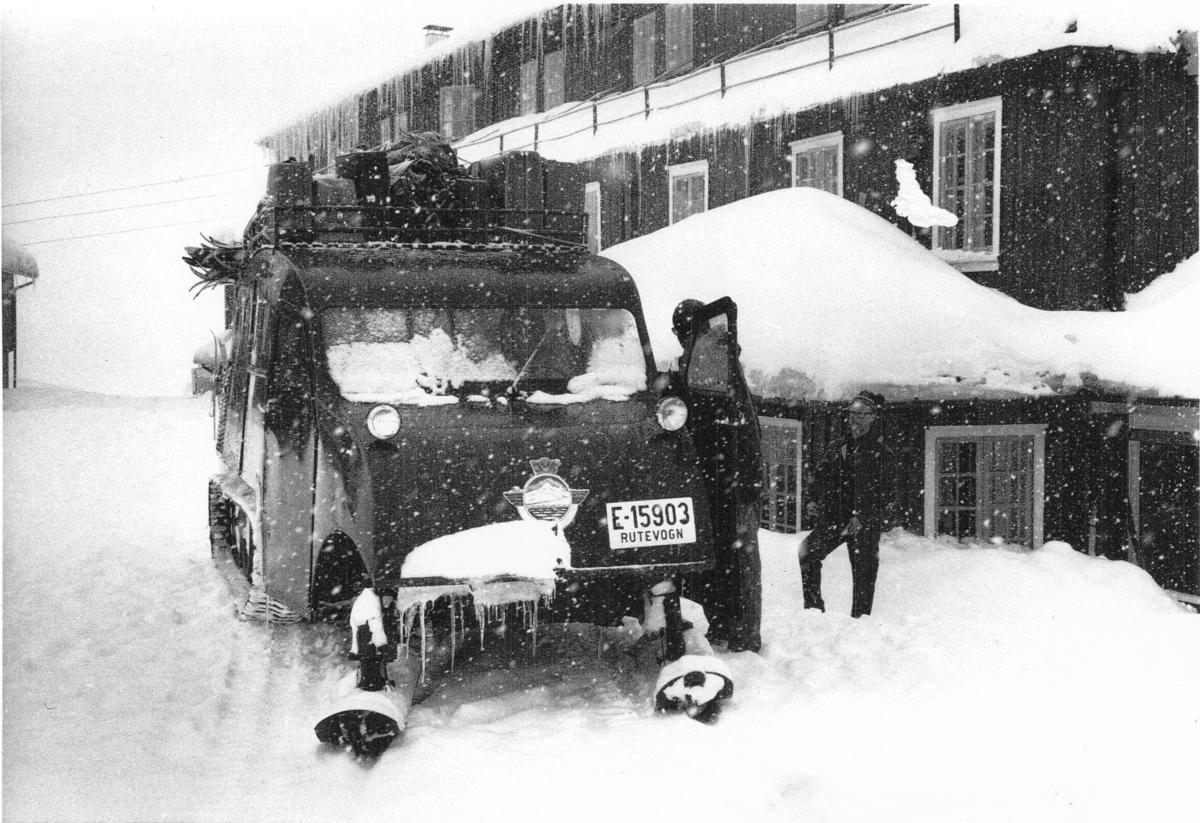 Snowmobile R 25 1955 mod. registrert første gang med reg.nr E-21632, 15.04.55 omreg. 05.03.65 til E-15903.