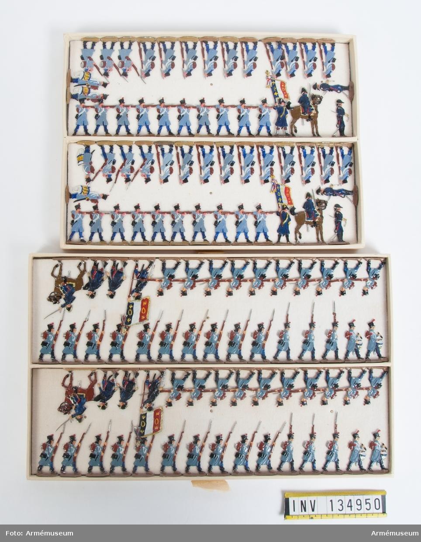 Infanteri från Frankrike från Napoleonkrigen. Två lådor med figurer. Fabriksmålade.