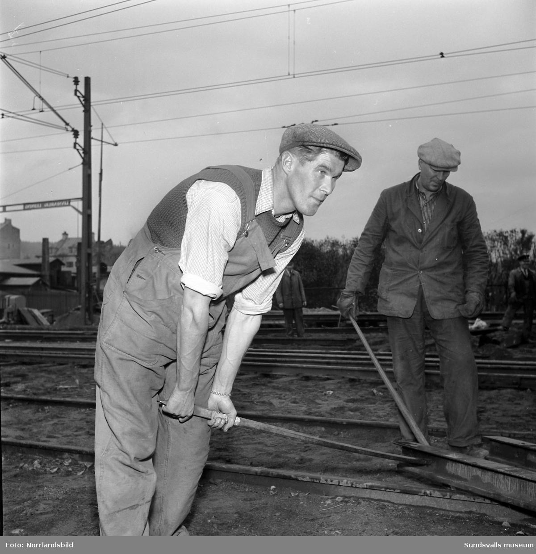 N.G. Thorén, banarbetare, Wärsta Njurunda. Räddades vid Armasjärvi-olyckan 24/10 1940. Tio år efter olyckan gjorde Expressen en enkät bland överlevarna.