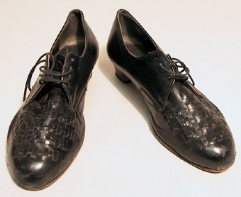 Ett par skor, för kvinna.
