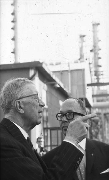 Kungainvigningen 16/6 1964.  Fotograf Bengt Adin, Göteborg. Regi Hans Håkansson. Frågor och svar.