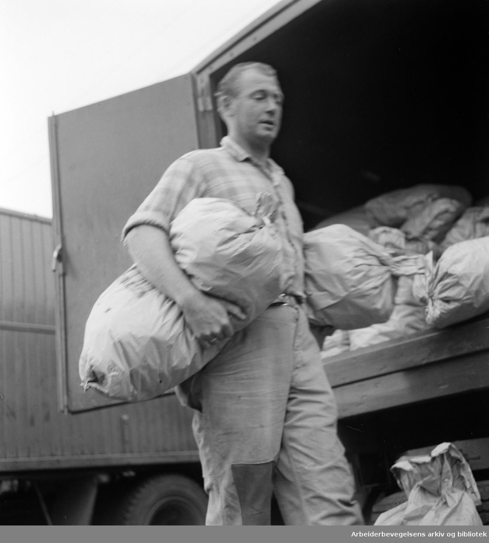 Økern torg. Juli 1959