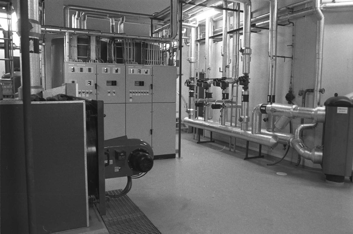 Teknisk installasjon på messa i Åsegarden leir.