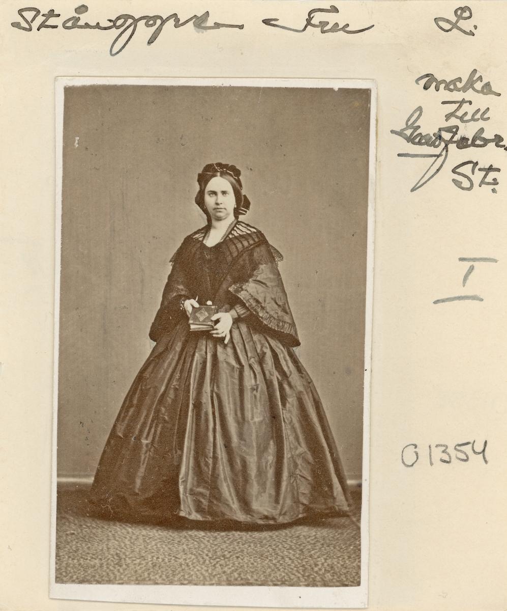 Fru Stånggren, född Holmberg