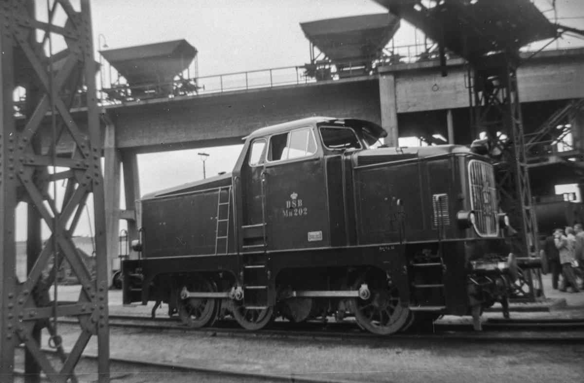 Danske diesellokomtiv type Mu 202 ved København Østerport.