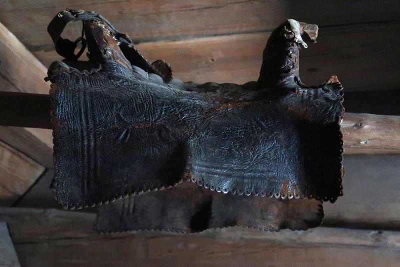 Sal i loft fra Ose, Setesdal, på Norsk Folkemuseum. Foto: Astrid Santa, Norsk Folkemuseum.