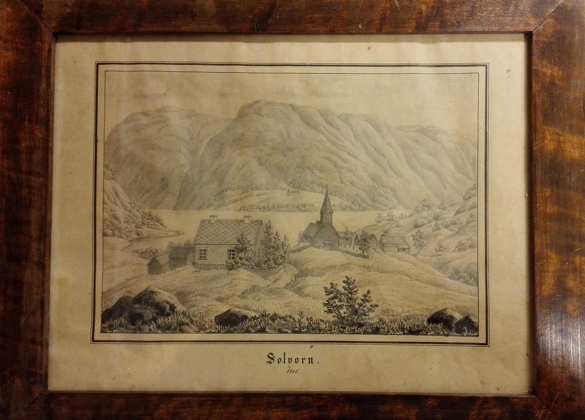 """4 tegninger fra Sogn.  4928: """"Solvorn"""".    Tegning av den gamle nedrevne laftekirke. I bakgrunden sees Urnæs med kirken.  Sjå kat.nr.4925."""