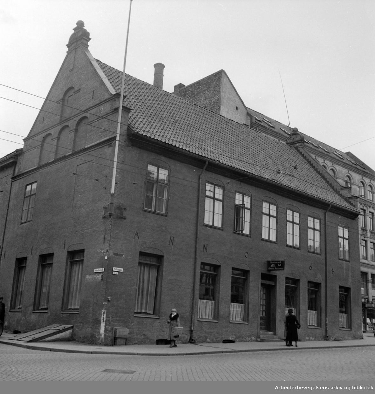 Nedre Slotts gate 1. 1950