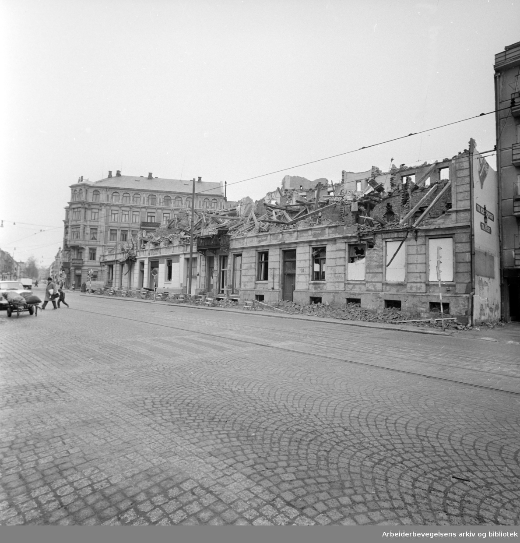 Majorstuveien Nr. 36 - 38 revet på en natt. April 1963