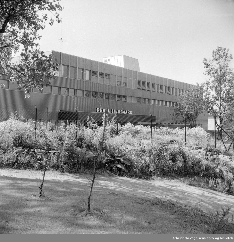 Malerhaugen Industribygg. Nybygget til Per J. Lundgaard. Juni 1961