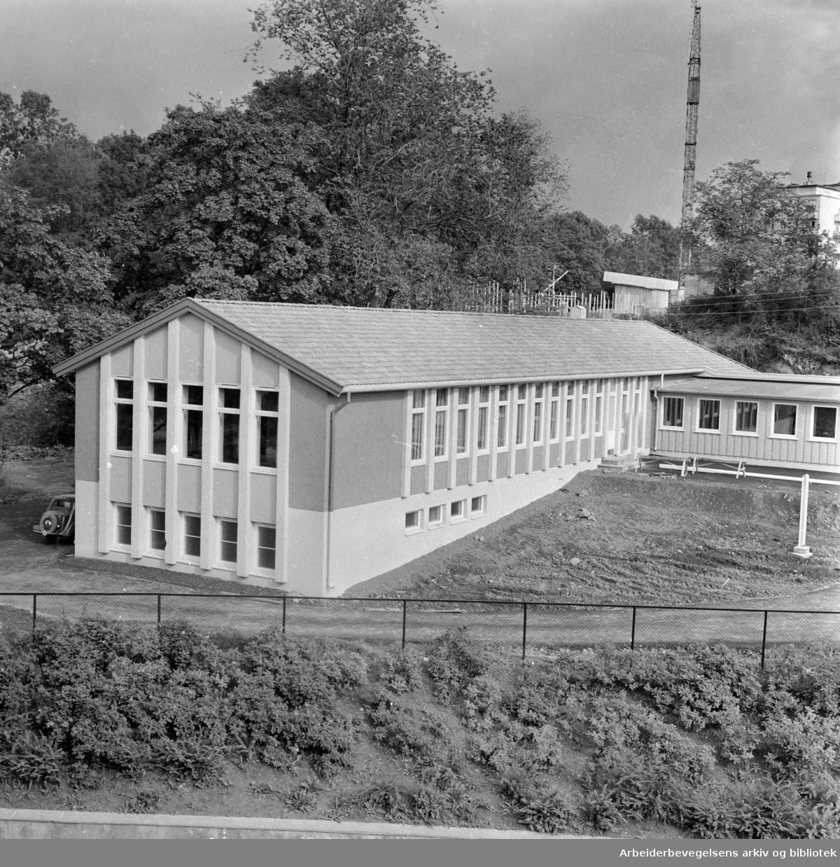 Marienlyst skolebygg for cerebral parese-barn August 1958