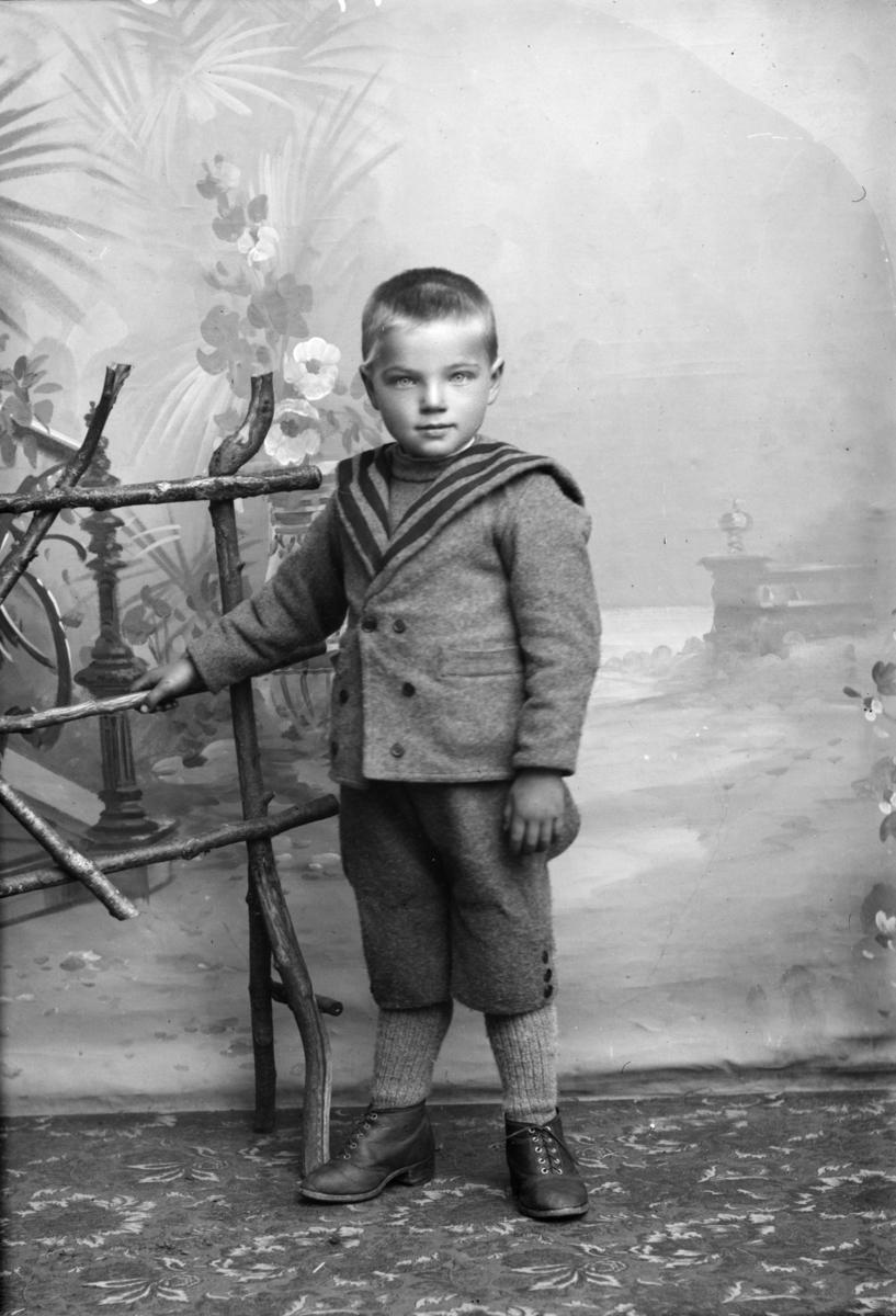 Portrett av Victor Anthonson (i protokollen Viktor Aaraust, Ellingsbørusten, Hedalen)
