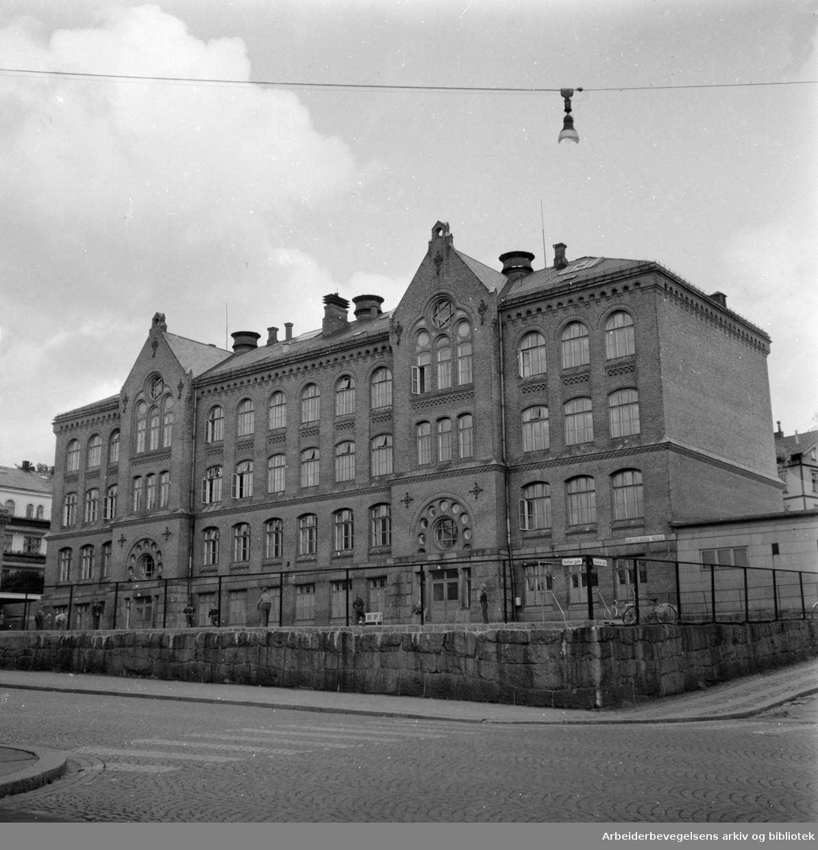 Bolteløkka skole 60 år. Oktober 1958