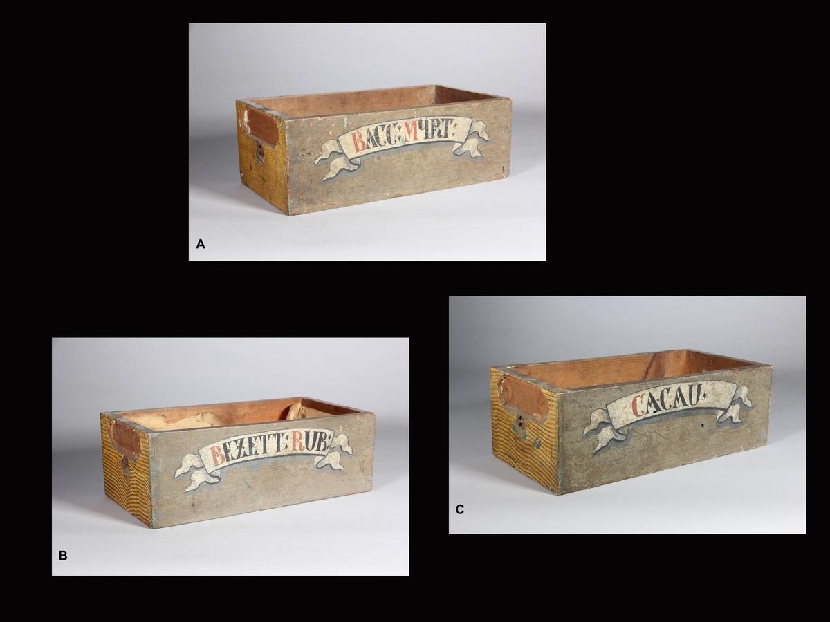 Lådor, 3 st, av trä.