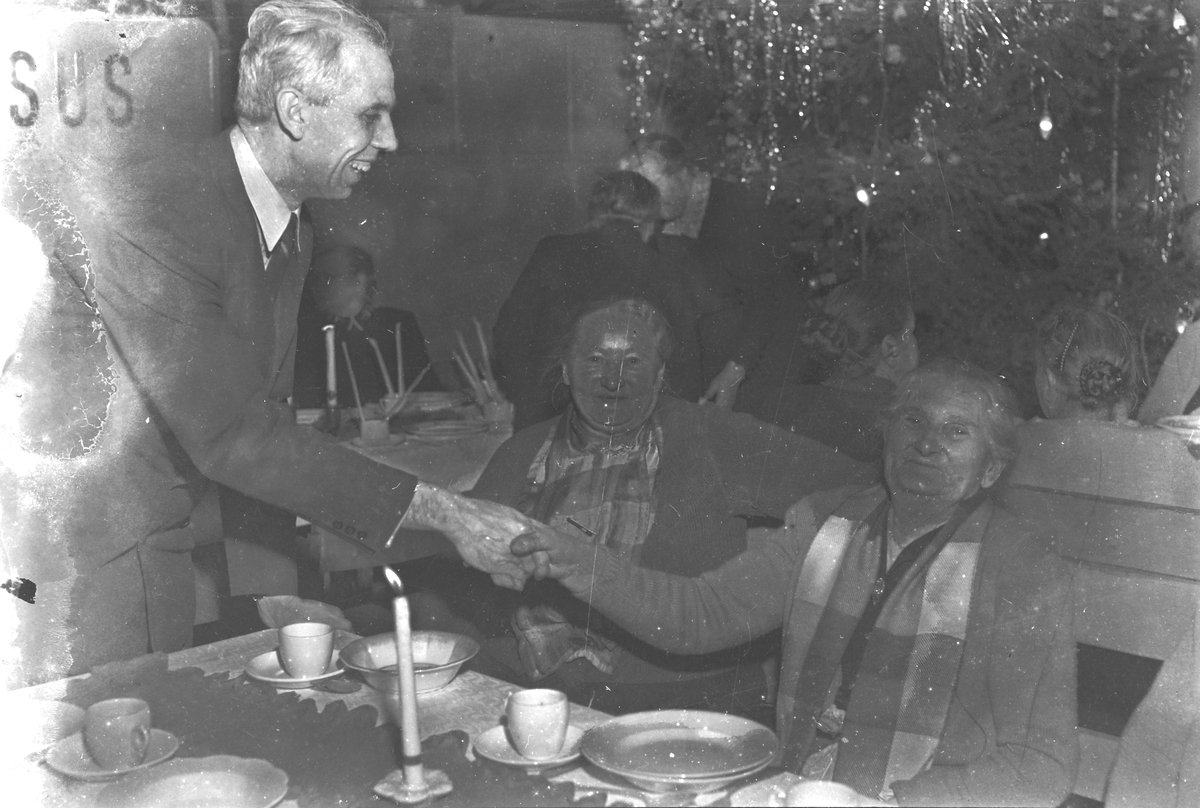 Fest for eldre hos Frelsesarméen