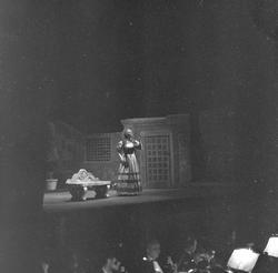 "Fra forstillingen den italienske opera ""Rigoletto"" i Oslo. F"