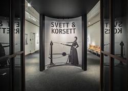 Dokumentation av utställningen Svett & Korsett.