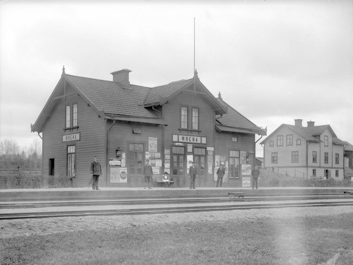 Vrena station.