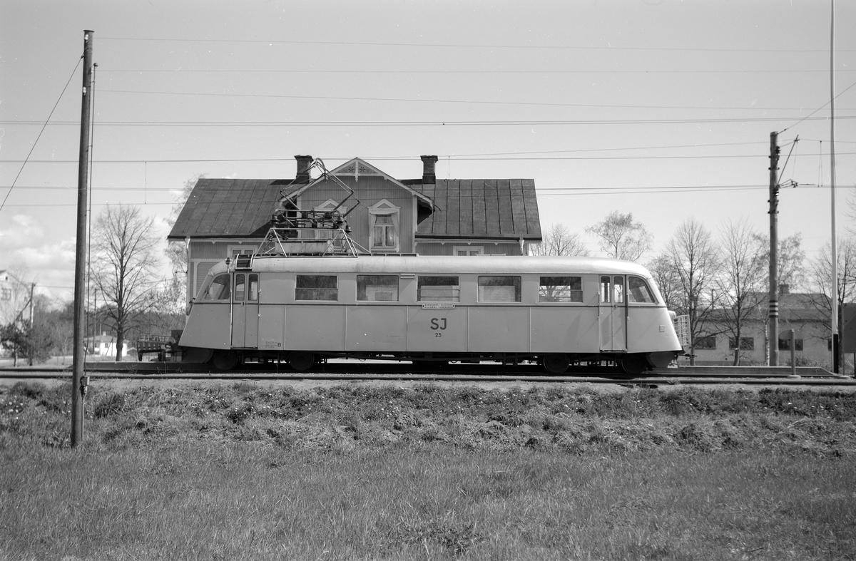 Elektrisk rälsbuss, Statens Järnvägar, SJ XFoalp 25, ursprungligen Mellersta Östergötlands Järnvägar, MÖJ Y2B 2.