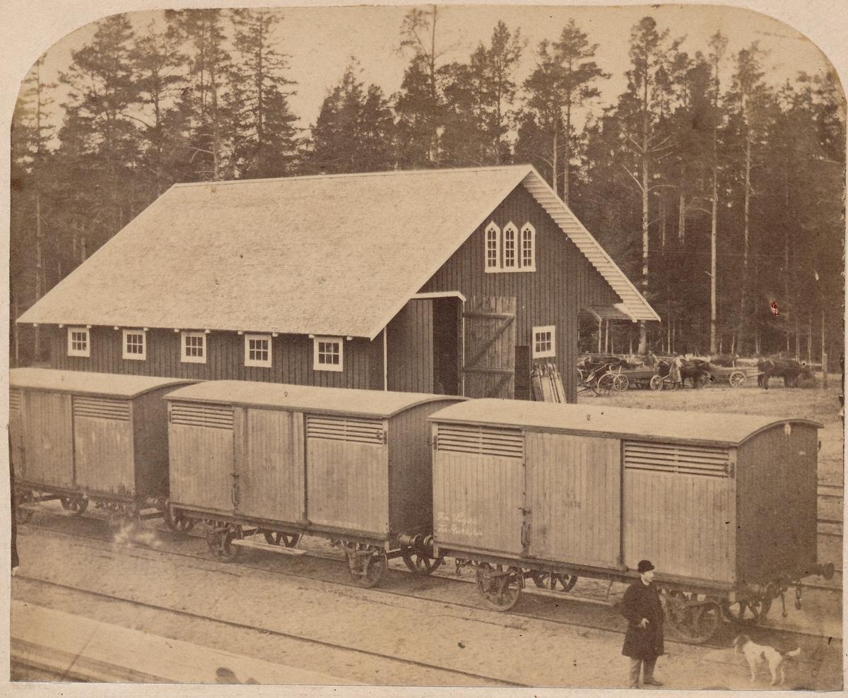 Hallsbergs godsmagasin år 1863.