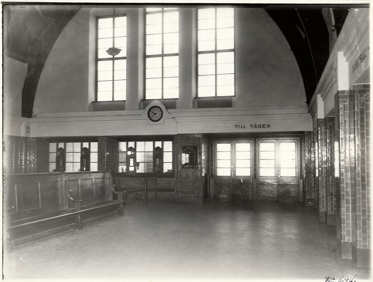 Insidan av stationshuset i Sundsvall.