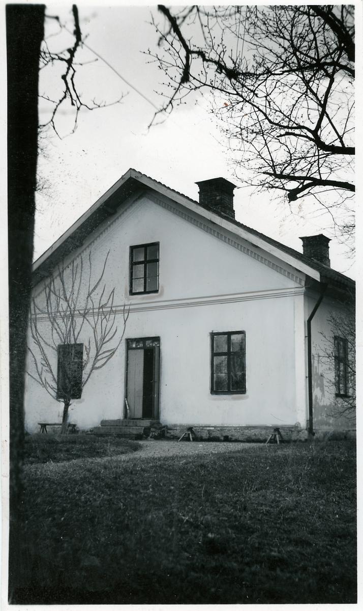 Bostadshus vid Uttersberg.