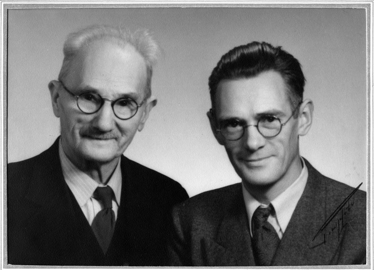 Snickaren Johan August Karlsson med sonen Robert Carlsson.