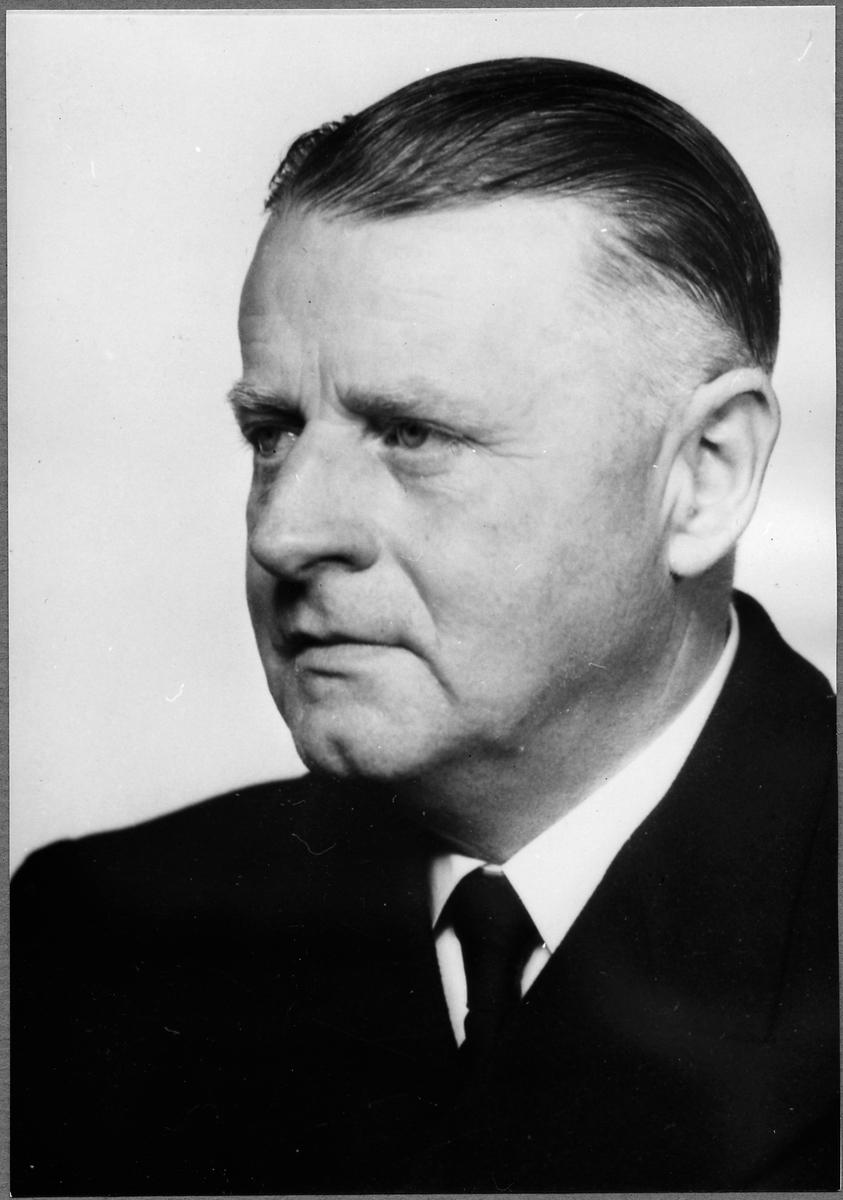 Stationsinspektor R. S. V. Sanderberg.