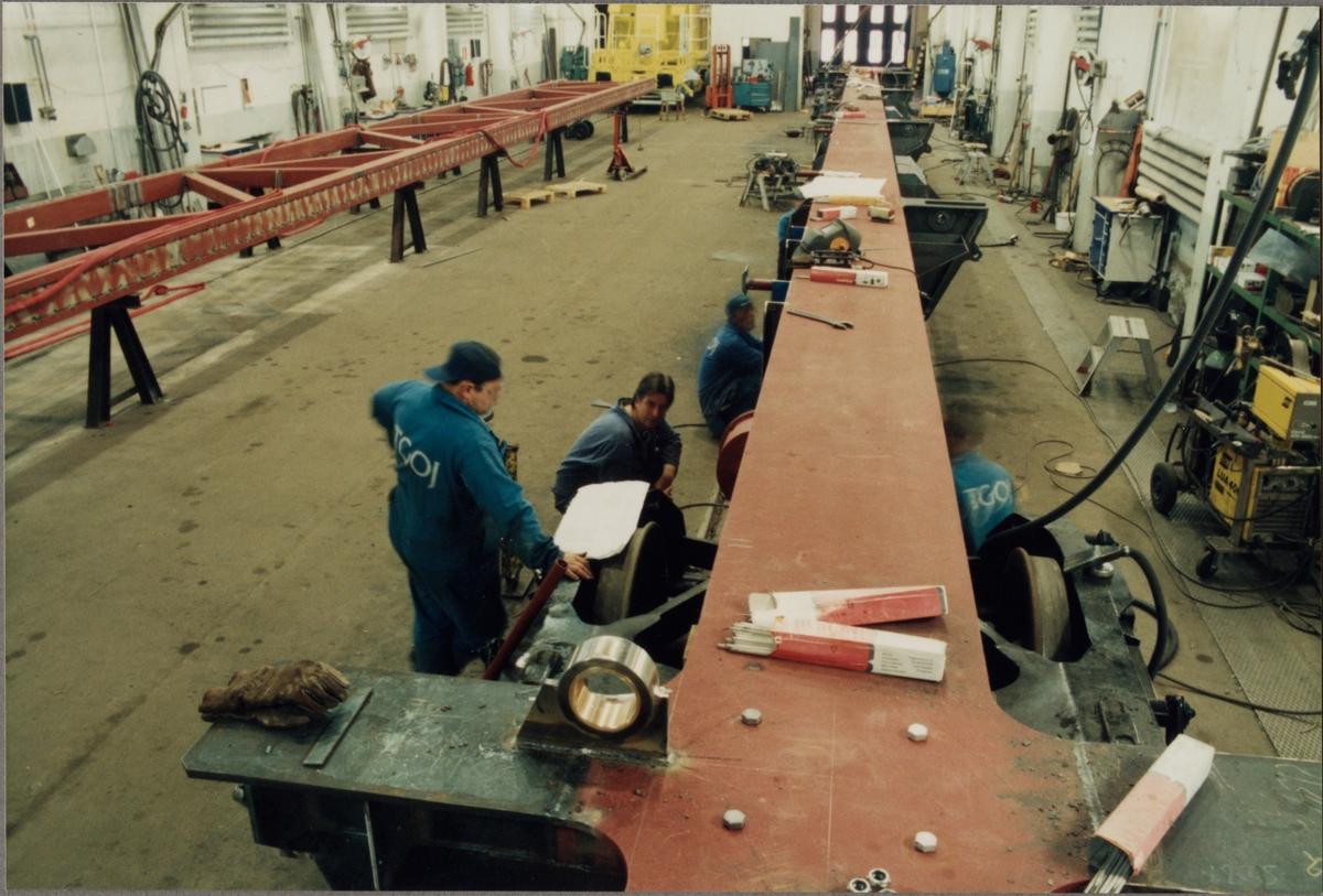 Tillverkning av transportvagn för växlar med littera Sklps i Trafikaktiebolaget Grängesberg - Oxelösunds Järnvägar, TGOJ verkstad i Eskilstuna.
