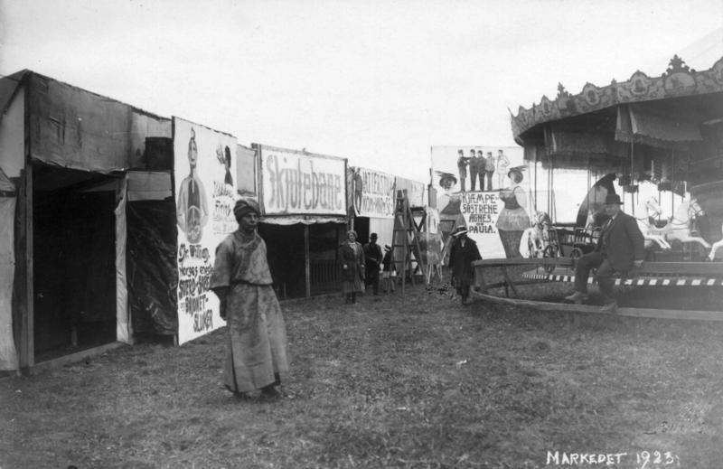 Markedsdager på Markedsplassen (den senere Festplassen) i 1923