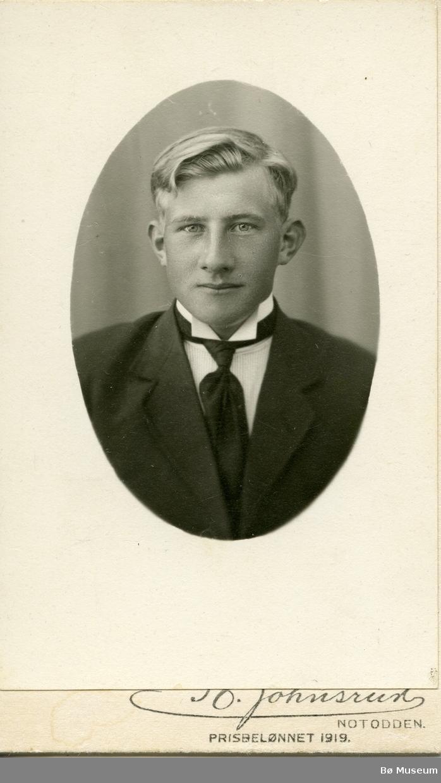 Portrettfoto av Olav Hansson Torstveit