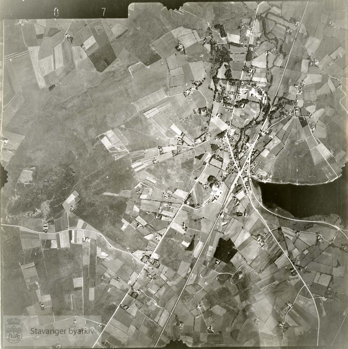 Jfr. kart/fotoplan E11/487..Ganddal, Stokkalandsvatnet..Se ByStW_Uca_002 (kan lastes ned under fanen for kart på Stavangerbilder)