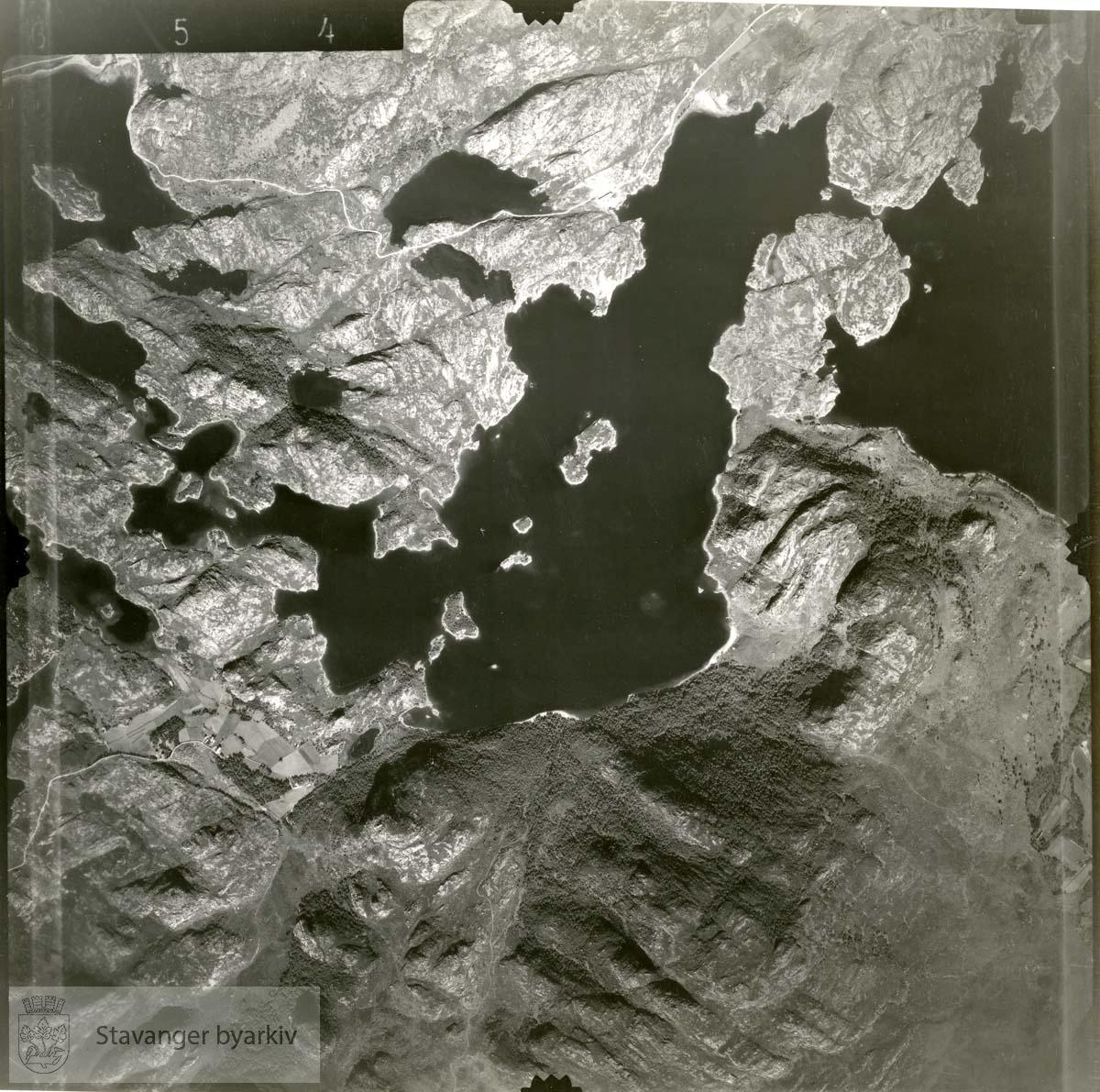 Jfr. kart/fotoplan I15/654..Storavatnet, Forenesvatnet..Se ByStW_Uca_002 (kan lastes ned under fanen for kart på Stavangerbilder)