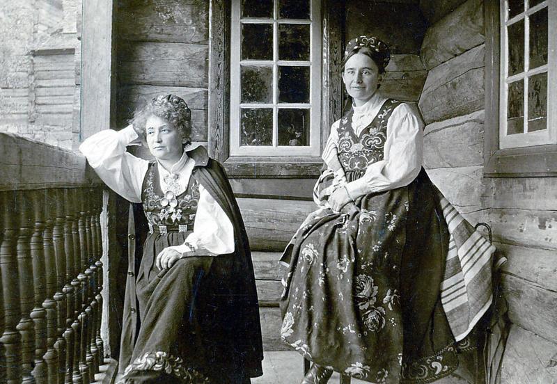 Hulda Garborg og Tilla Valstad var begge glade i å lage mat - og gode venninner. (Foto/Photo)