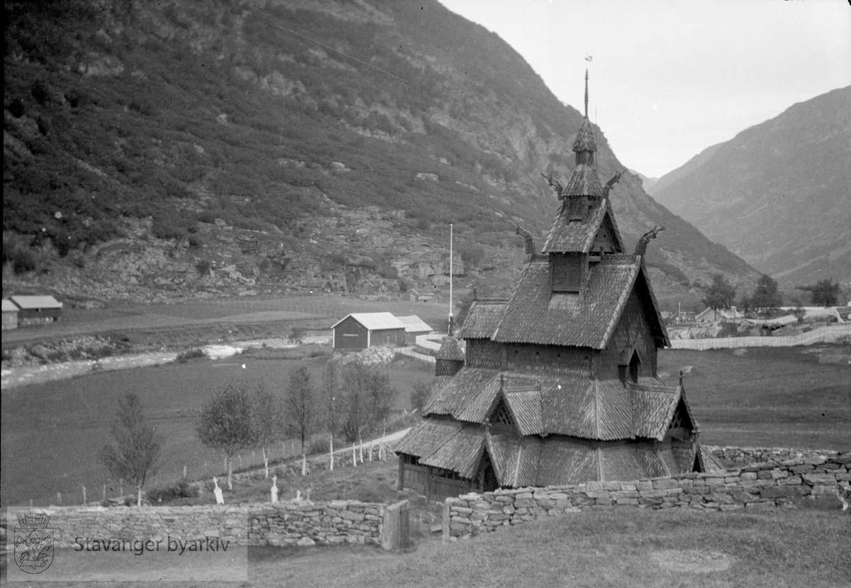 Lærdal stavkirke i Sogn