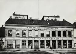 Glassmagasinet. Christiania Glasmagasin. 1884 - 1899