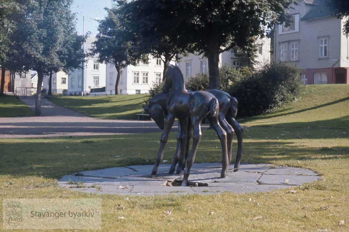 Folene, Johannesparken .Skulptur av Hugo Frank Wathne