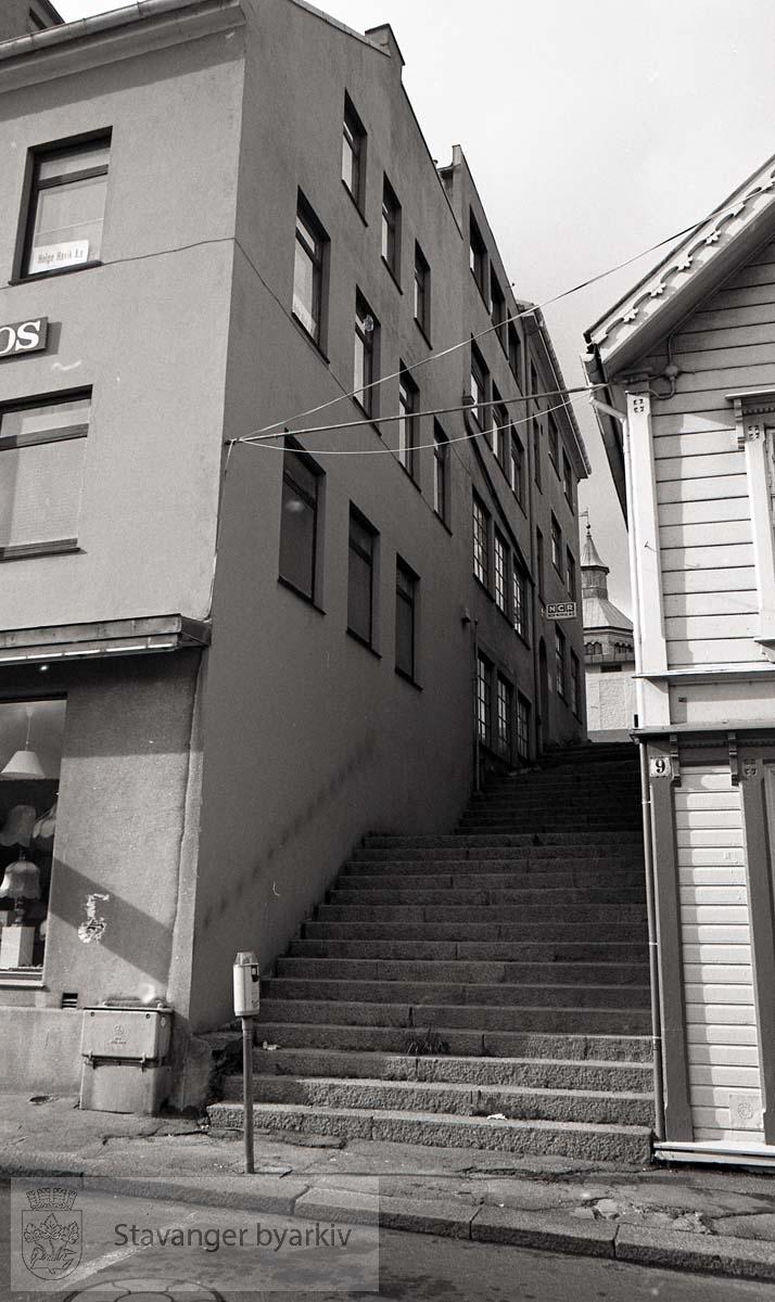 Trappen mellom Øvre Holmegate 11 og 9